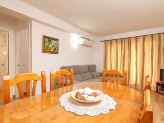 Only 5 min walk from the beach., Fuengirola