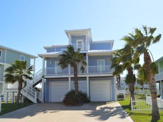 Ocean Views 4 bed 3 bath  Port A Beach House, Port Aransas