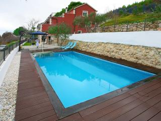 Luxury house with pool near Split, Klis