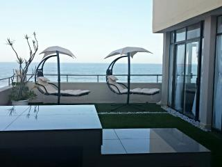 Luxury seaside apartment, Umhlanga Rocks
