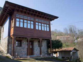 """Casa Rural L""""Ablanu"""