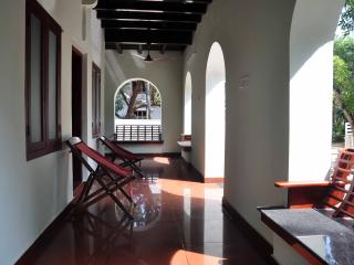 Lake County Heritage Home - Heritage Room, Ernakulam