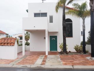 Beautiful Bajamar home in great location. Near the ocean with great ocean views.