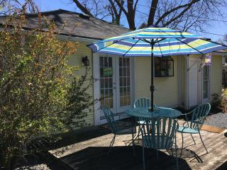 Abby Guest House - The Perfect Home Away From Home, Dallas