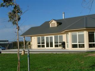 Mayfair Park Farmstay Accommodation 2 bedroom