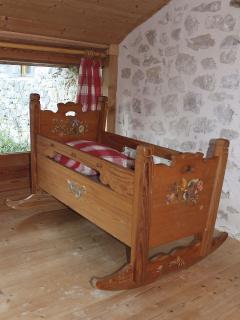 berceau alsacien dans la chambre Framboises