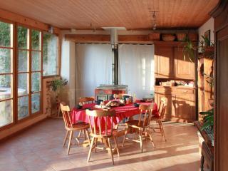 Le jardin d'hiver, où sont servis petits dejeuners et repas au coin du feu quand il fait froid...