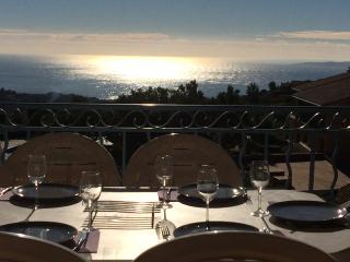 Côte d'azur. Superbe Vue Mer Baie de Saint Tropez