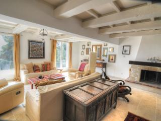 Villa de luxe 3 chambres avec piscine privée et jardin, Speracedes