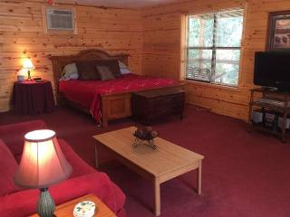 Sycamore - Parkers Hideaway on the White River, Eureka Springs