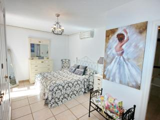 Luxurious 2-bed apartment in El Duque