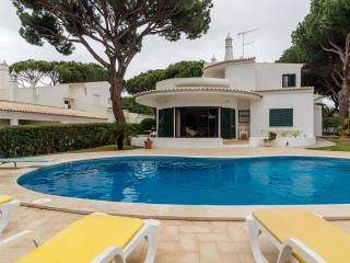 Villa Mimi, 5br with Private Pool, Vilamoura, Vilamoura