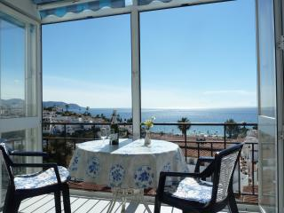 BEAUTIFUL SEA VIEWS!  Apt./Edific. Miami in Nerja