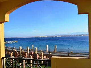 2 bed room unobstructed sea view W private beach, Hurghada