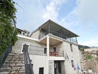 Stone Villa in Lapcici with pool and sea views