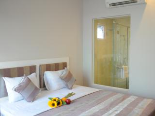 Van Nam Hotel -  Feel @ home when you away!, Nha Trang