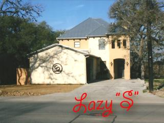 Lazy S Ranch House walking distance to Gruene Hall, New Braunfels