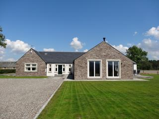 Stylish property with breathtaking views: Tigh Mor, Stirling