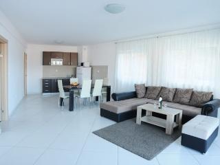 2-Bedroom Apartment Sea View (238), Rafailovici