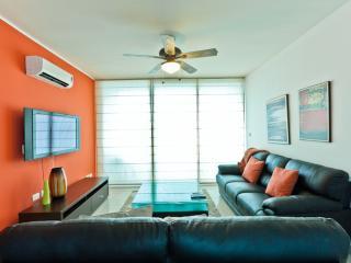 Seaview 2BR Apartment in Paitilla, Ciudad de Panamá