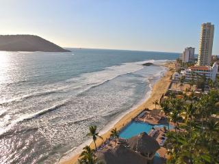 Islas del Sol 1209: Sun, sand and surf!, Mazatlan