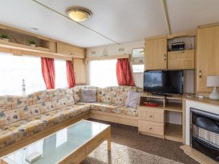Cherry Tree 70337 - 8 berth, homely and welcoming, Great Yarmouth