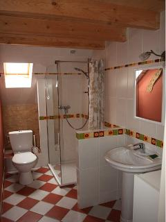 Bathroom close to the Suite bedroom