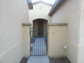 Beautiful spacious home with private gym, Pahrump