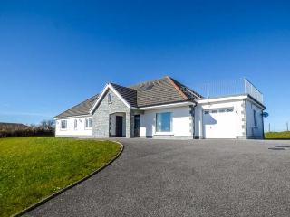 LLYGAD YR HAUL, detached, all ground floor, en-suite, parking, garden, in Meinciau, Llanelli, Ref 933252