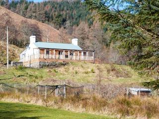 DRUIDAIG COTTAGE, woodburning stove, loch and mountain views, all ground floor,