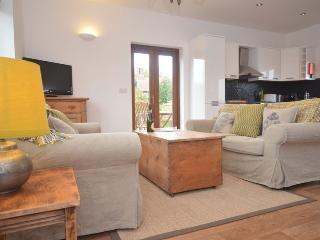 40757 Cottage situated in Burnham Market (8mls SW)