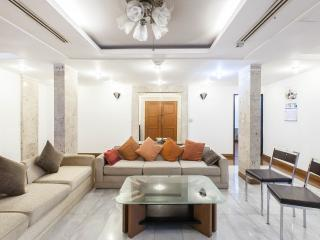 Luxury 3 Bedroom Apartment on Posh Upper Sukhumvit, Bangkok