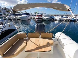 Alquiler de barco por hora incl.snacks ,refrescos, Costa Adeje