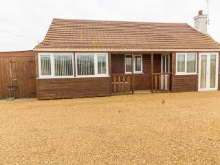 Lees Lodge at Hunstanton- large 3 bed Lodge dog friendly and by the beach.