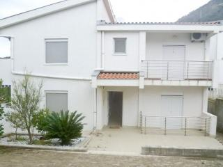 Cozy two-storey Villa with swimming pool