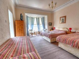 Family Room One - Queens Guest House, Ayr