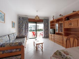 Lazenby Red Apartment, Quarteira, Algarve