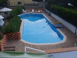 Appartamento in villa con piscina, Castel Volturno