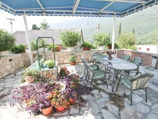 2-storey stone house with a large terrace, Herceg-Novi