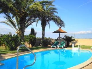 Beautiful 5 Bedroom Mallorca Rural Finca Villa, Campos