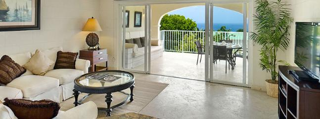 Royal Apartment 133 - Caribbean Queen 1 Bedroom SPECIAL OFFER, St. James