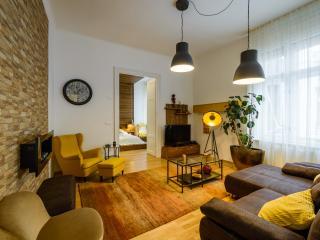 Amber Pearl Apartment