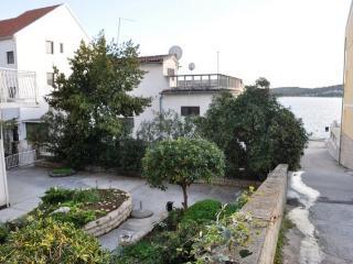 One-Bedroom Apartment in Tisno B (2+2 Persons), Tijesno