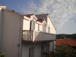 Apartment in Tisno F (4+0 Persons), Tijesno
