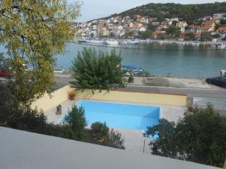 Three-Bedrooms Apartment with swimming pool in Tis, Miedes de Aragon