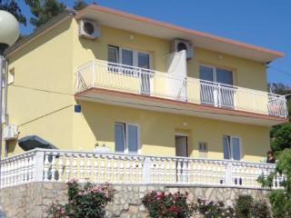 Apartment in Tisno B (2+2 Persons), Tijesno
