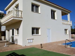 KIRVIL08 Ayia Napa Resort 3 Bedroom Villa + Pool