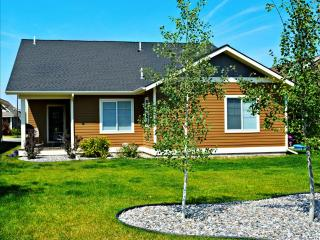 Beautiful 4 Bedroom/3 Bath Home! From $3500/month!  Centrally located in Bozeman