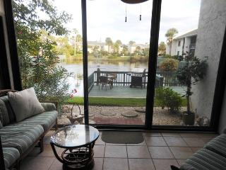 Ocean Village JJ BeachTree II 6412 - Pond View, Fort Pierce