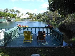 Ocean Village BK BeachTree 6211 - Pond View, Fort Pierce